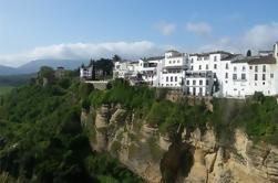 Excursión de día guiada de los Pueblos Blancos desde Sevilla