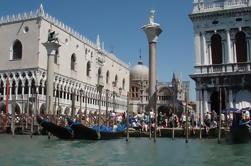 Tour privado: Venecia en tren - Tour de día completo desde Roma