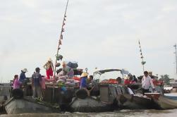 Excursão de dia de mercado flutuante de grupo pequeno de Cai Be de Ho Chi Minh City