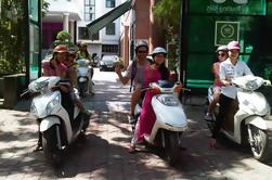 Tour de medio día por la ciudad de Hanoi en moto