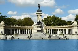 Private Madrid Walking Tour: Famous Retiro Park