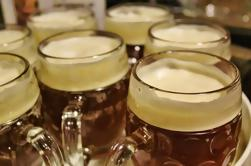 Mini-Breweries de Praga Cerveza Tour con Checa Aperitivos
