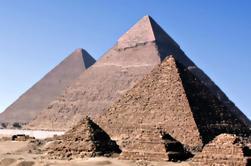 Excursão de um dia para Memphis e Sakkara e Pirâmides de Gizé