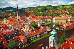 Traslado privado de Praga a Viena con escala en Cesky Krumlov