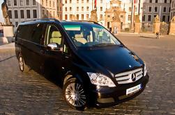 Transferência privada de Munique para Praga em um carro de luxo
