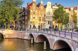 Small-Group Central de Amesterdão, Red Light District e Coffee Shop Walking Tour