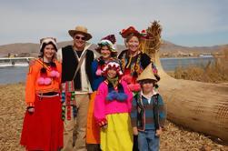 Excursão de um dia pelas Ilhas Flutuantes dos Uros e Ilha de Taquile