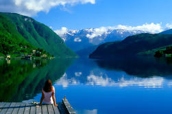 Tour Privado: Viaje de ida y vuelta a Hardangerfjord desde Bergen