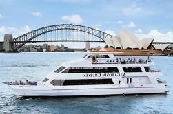 Navidad en julio Crucero por el almuerzo en el puerto de Sydney