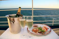 Crucero de almuerzo con música en el puerto de Sydney