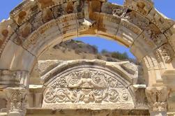 Tour Ephesus Arqueológico desde el Puerto de Kusadasi