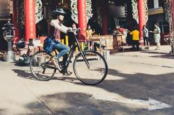 Explora el barrio chino de Bangkok en bicicleta