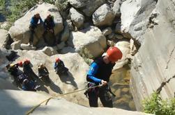Descanso de Adrenalina: Canyoning y Rafting Alojamiento