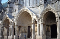 Tour de la ciudad vieja y de la catedral de Chartres de París
