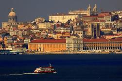 Passeio à beira-mar em Lisboa