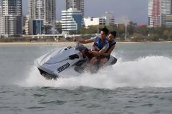 Gold Coast Combo: Alquiler de esquí acuático, Parasailing y Flyboard para dos