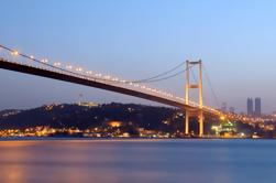 Bosforo Night Cruise con cena inclusa Da Istanbul