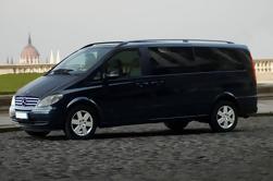 Traslado privado de la llegada de Moscú SVO Airport Luxury Van