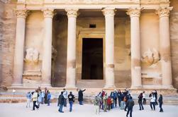 Tour de 2 días de Petra y Wadi Rum desde Tel Aviv