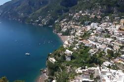 Conductor privado de día completo de Nápoles a Sorrento, Positano y Pompeya